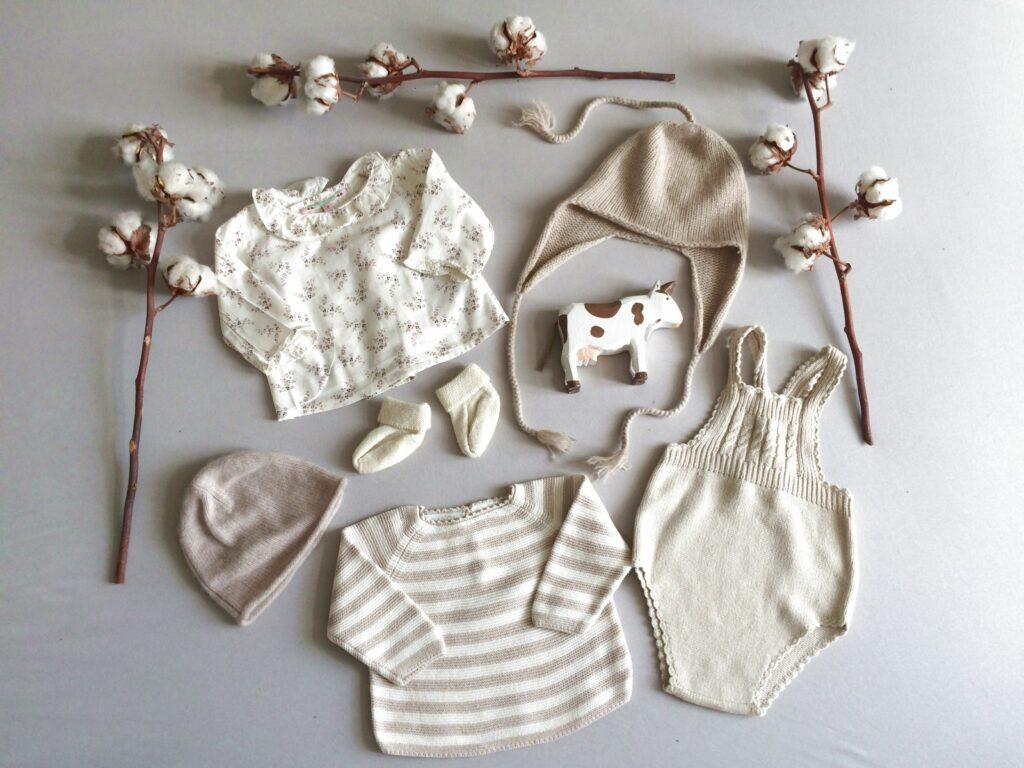 Baby-Kleidung als Erstausstattung