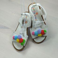 Andanines Schnür-Sandale weiß
