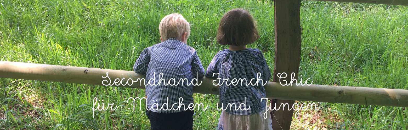Junge und Mädchen im Jacadi-Partnerlook in Vichy-Karo